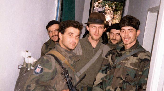 Dragovoljci HOS-a U Vukovaru