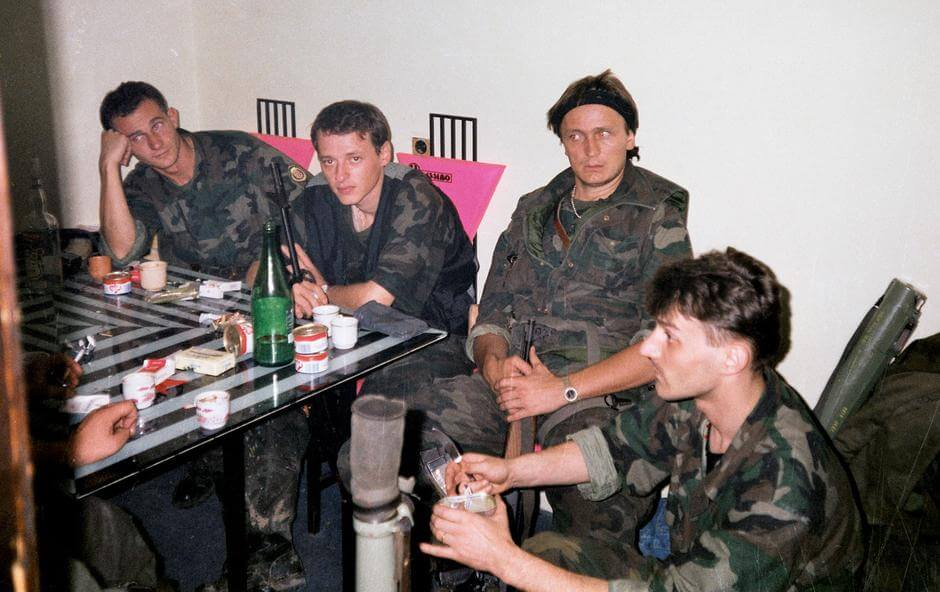 Zdesna: Žarko Manjkas Crvenkapa, Viktorin Jurić - Paša, Jean Michel Nicolier i Zvone Ćurković